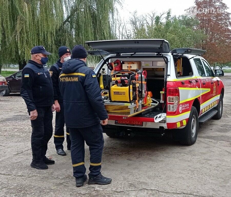 Скадовские спасатели обзавелись суперсовременным автомобилем, фото-1