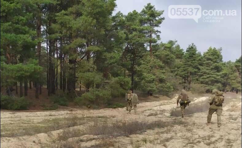 Скадовские морские пехотинцы тренировались вместе с воспитанниками военно-патриотических лагерей (ФОТО), фото-4