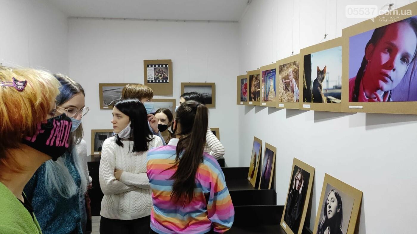 В Херсоне открылась выставка про творчество в Скадовском районе, фото-2