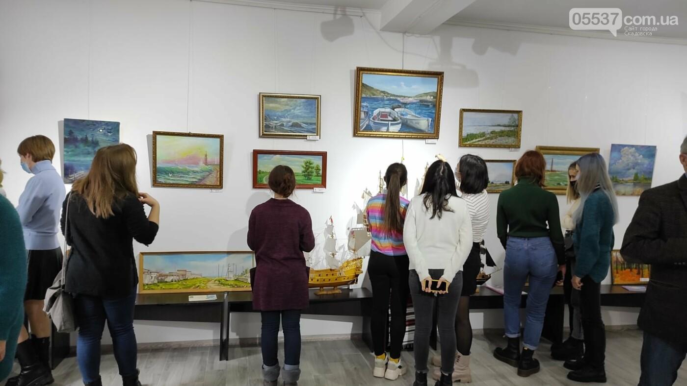 В Херсоне открылась выставка про творчество в Скадовском районе, фото-6
