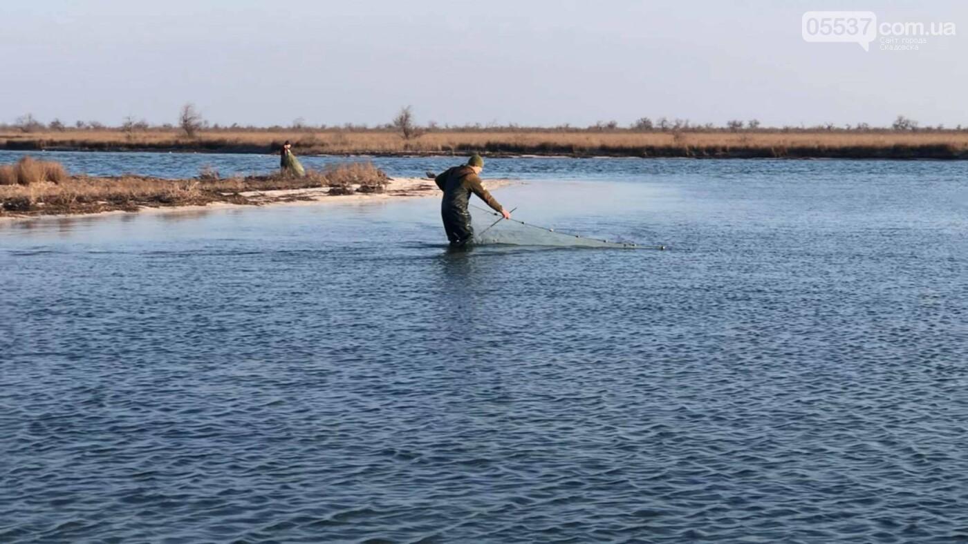 На скадовском Джарылгаче опять выявили браконьерские орудия лова, фото-7