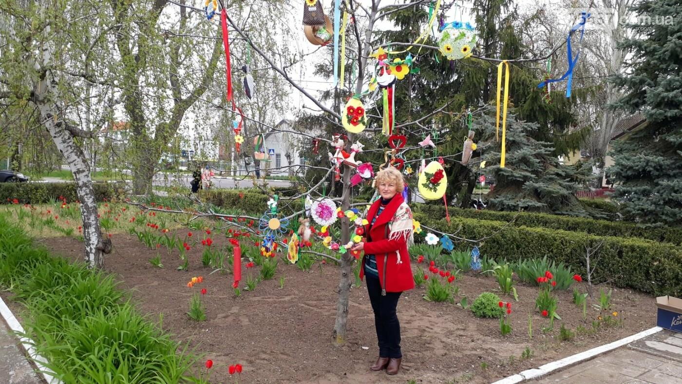 В Скадовске появились необычные деревья (ФОТО), фото-2