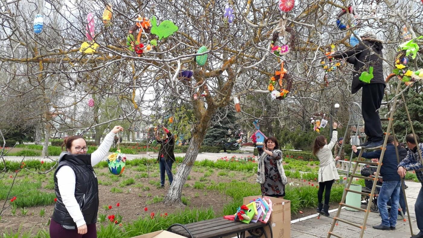 В Скадовске появились необычные деревья (ФОТО), фото-6