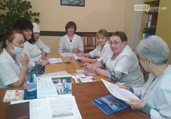 Медики Скадовского района получили областные стипендии, фото-2